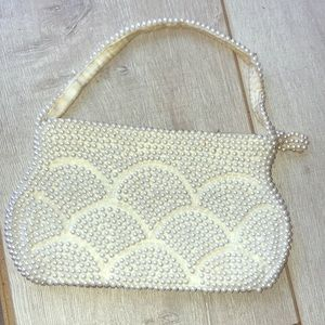 Pearl scalloped 1940's Japanese made evening bag